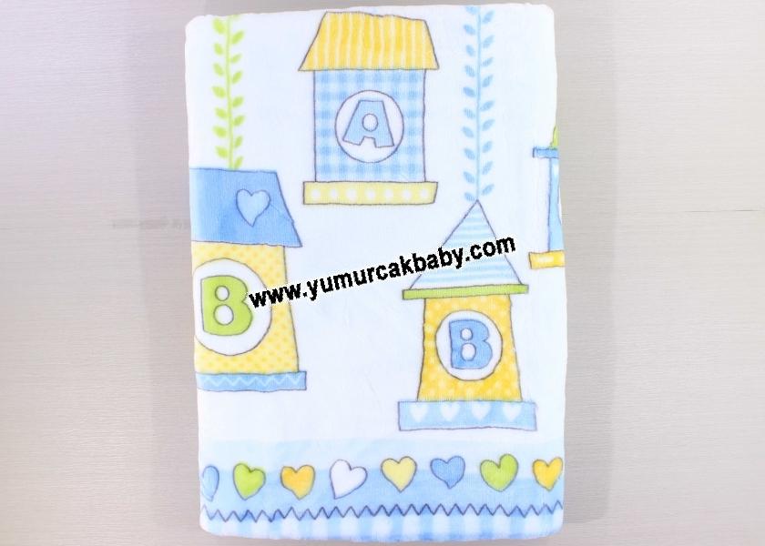 Kabartmalı desenli poşetli battaniye 5340